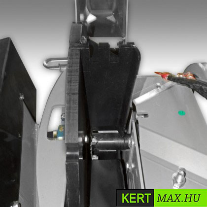 ágaprítógép ágaprító kertészeti aprító mulcs ágdaráló ágdarálógép daralok daral aprit